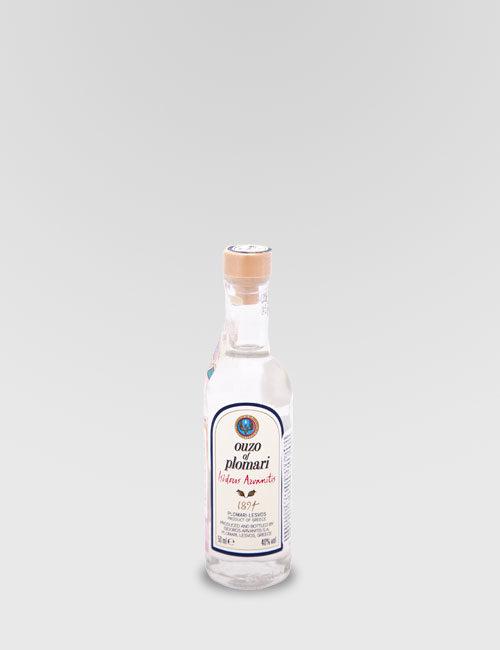 """Спиртной напиток """"Узо Пломари, Исидорос Арванитис"""" 0,05л"""